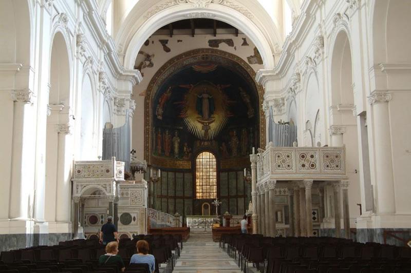 Duomo di Salerno 2- www.villacostierasalerno-bb.it